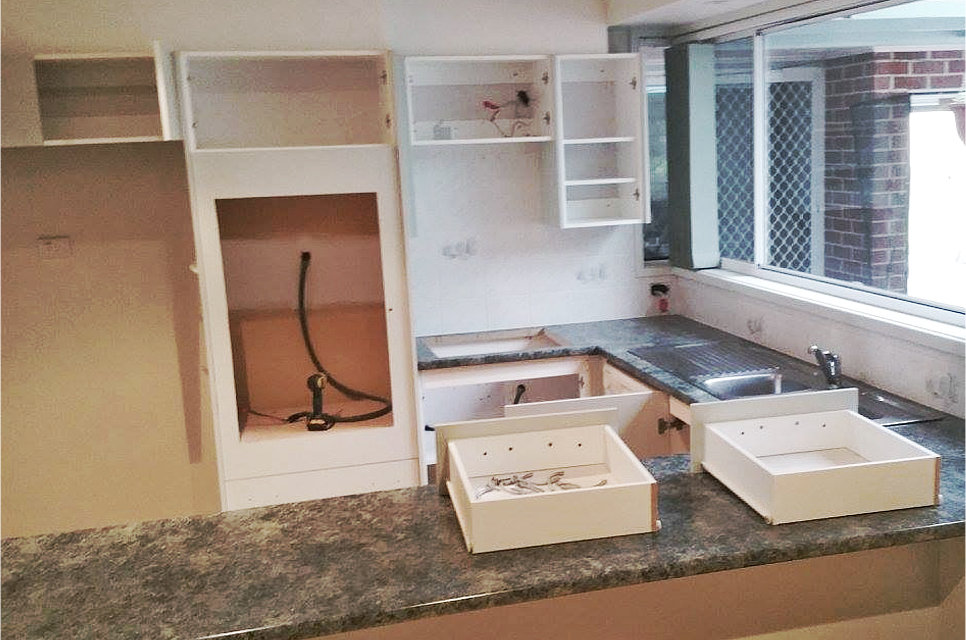Kitchens Cabinets Flat Packs North Wyong